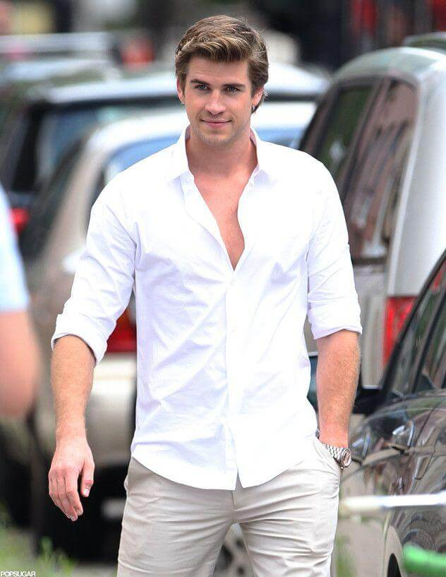 EXCLUSIVE TO INF. ALL-ROUNDER. July 23, 2012: Liam Hemsworth in Philadelphia filming 'Paranoid'. While on location for the shoot, his fiancee is, Miley Cyrus (not pictured), is joining him. Mandatory Credit: Chris Watts/INFphoto.com  Ref.: infuspa-10|sp|EXCLUSIVE TO INF. ALL-ROUNDER.